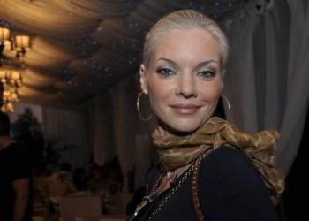 Наталья Окунская уличила мужа в измене и подала на развод