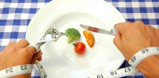 Медики: Нужно забыть про диеты – они бесполезны и опасны
