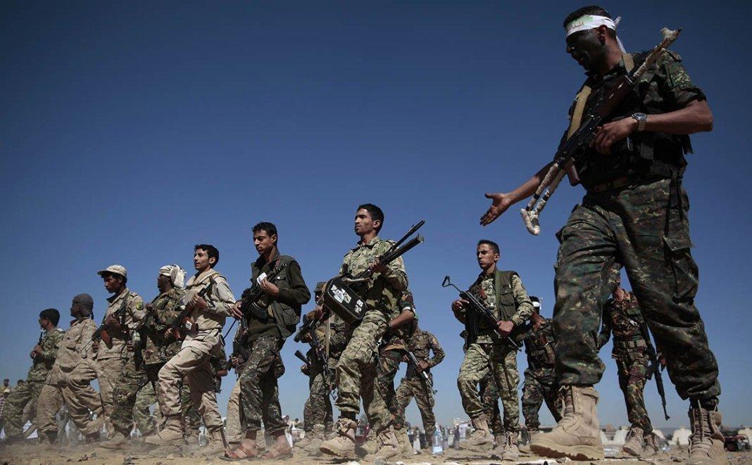 СМИ сообщили о наступлении войск коалиции на крупнейший порт Йемена