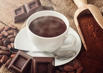 Какао и шоколад полезны для пожилых людей