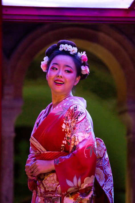 Madame Butterfly Iford He Wu