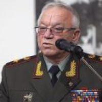 Ельцин украл кресло президента. Свидетель кражи - министр МВД. Лабиринтами истории