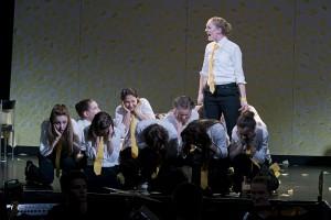 Tortugas_Céline Tölle. Ensemble. Foto Björn Hickmann.jpg