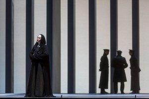 Staatsoper Hamburg Dialogues des Carmelites / Foto @ Brinkhoff-Mögenburg