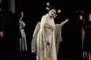 "Liana Aleksanyan als ""Madama Butterfly"" im Februar 2017 im Theater Duisburg (FOTO: Hans Jörg Michel)"