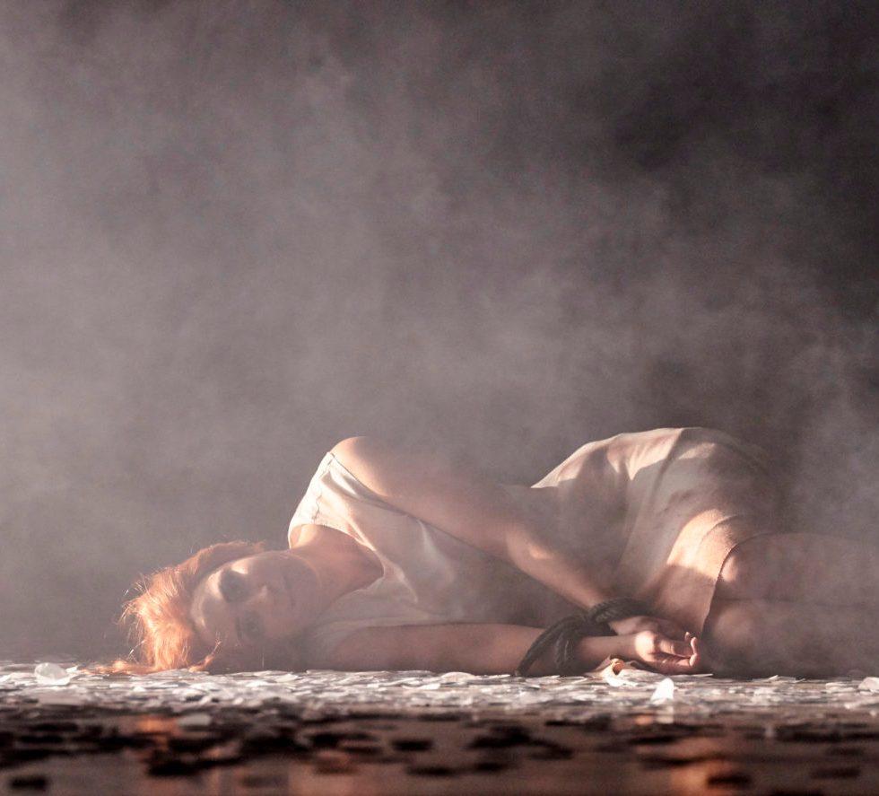Landestheater Detmold/Faust/Emily Dorn (Marguerite)/ Foto @ A.T. Schaefer