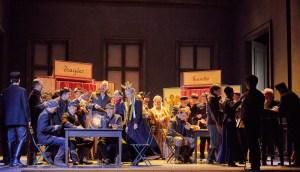 Landestheater Detmold/Faust/Andreas Jören (Wagner), Brigitte Bauma (Marthe Schwerdtlein), Benjamin Lewis (Valentin), Opernchor, Extrachor/ Foto @ A.T. Schaefer