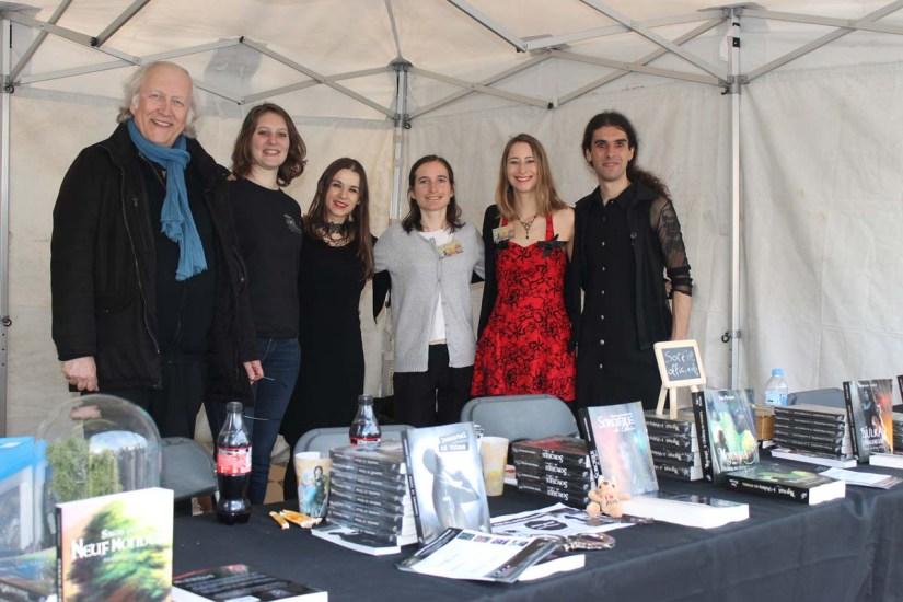 Photo des auteurs et de l'éditeur de la maison Noir d'absinthe.