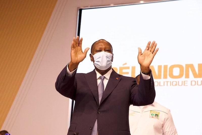 Le chef de l'Etat ivoirien Alassane Ouattara, lors d'une réunion de son parti, le RHDP, le 30 juillet 2020.