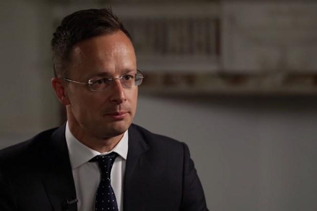 De Hongaarse minister van Buitenlandse Zaken Péter Szijjártó