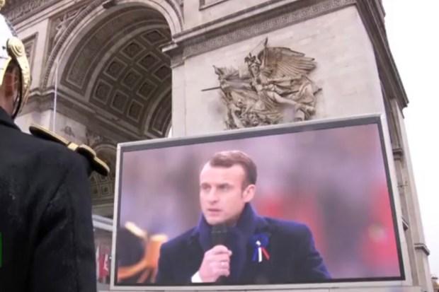de Franse president Macron tijdens zijn toespraak bij de herdenking van het einde van de Eerste Wereldoorlog (11 november 2018)