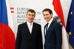 "Titelfoto bij OpinieZ-artikel Freek van Beetz ""Geen Timmermans–effect in Tsjechië en Slowakije"""