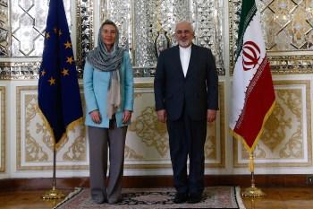 """Titelfoto OpinieZ-artikel Johannes Vervloed """"EU en Nederland houden halsstarrig vast aan pro-Iran beleid"""""""