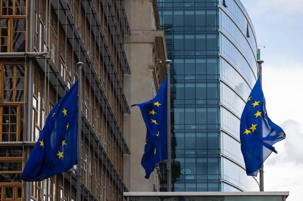"""Titelfoto bij artikel George van Bergen op OpinieZ.com """"Nexit biedt een onafhankelijk Nederland nieuwe kansen"""""""