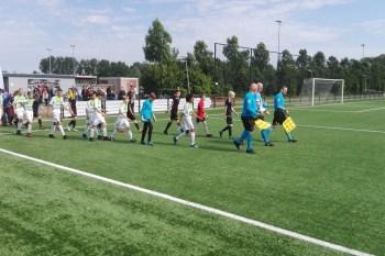 Titelfoto bij artikel Rutte en De Jonge, laat de KNVB Regio Cup beginnen! Jan Gajentaan opiniez