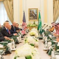 Trump vraagt de moslimwereld te stoppen met faciliteren van terrorisme