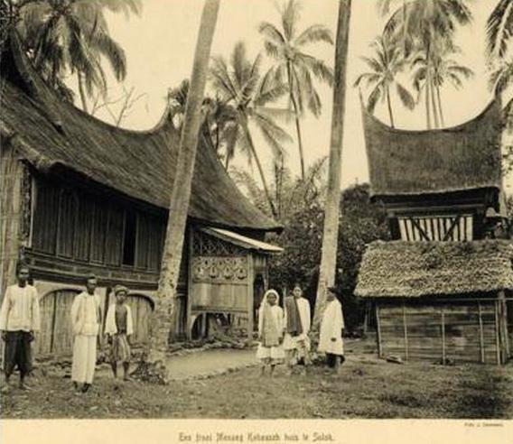 19 Potret Ranah Minang Tempo Dulu