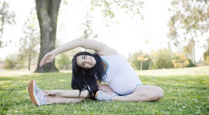 5 Gerakan Yoga Ibu Hamil Agar Tetap Sehat