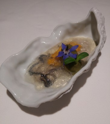 Fresh oyster with uni