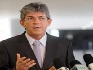 20151208071318-300x225 Governo Ricardo Coutinho vai contratar agentes de saúde e anuncia plano contra Aedes aegypti