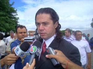 veneziano-1-300x225 Deputado sugere conversa entre RC e Maranhão e diz que irá trabalhar contra rompimento