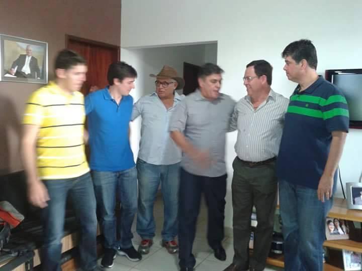 12966066_1221599494518195_990885658_n Oposições de Sumé caminham para união e nome de Dr. Francisco ganha força para disputa