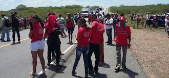 BR-412, entre as cidades de Sumé e Monteiro, na região Cariri são interditadas por movimentos sociais 4