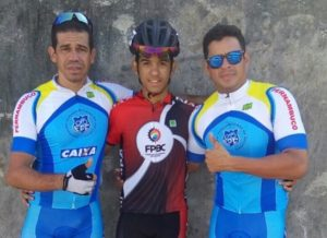 """timthumb-2-300x218 Ciclista da """"Bike Team Prata"""" é medalha de ouro na Copa Norte Nordeste"""
