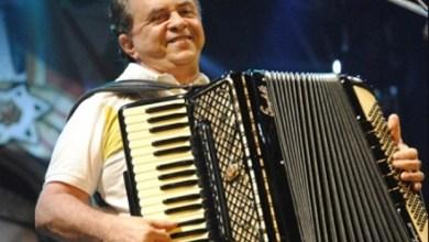 Flávio José recorda sucessos de sua carreira no programa Causos & Cantos 2