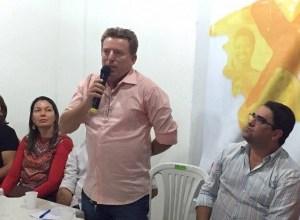 Oposição discute prioridades da população em plenária na região das Serras, em Serra Branca 2