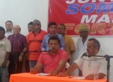 timthumb-3-1-300x218 Sem presenças de lideres políticos, evento da oposição é esvaziado