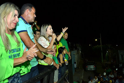 1-3 Candidata do PSDB prega paz após caminhada histórica na Vila Santa Maria