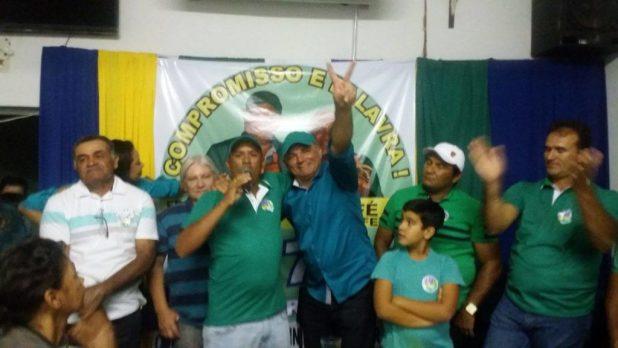 13918983_10207451688633520_2074330666_o-1024x576 PTdoB realiza convenção na Prata e lança Felizardo prefeito e Café para vice.