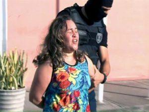 """16769536280003622710000-300x225 """"Sou princesa de Satanás"""", diz mãe suspeita de matar filho com 50 facadas na PB"""