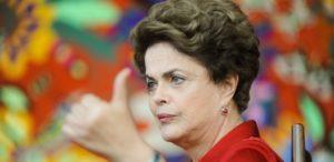 18ago2016-dilma-rousseff-da-entrevista-a-agencias-internacionais-no-palacio-da-alvorada-em-brasilia-1471553893377_615x300-300x146 Senado começa hoje a julgar fase final do impeachment de Dilma