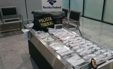 Empresário de JP é preso no aeroporto de Recife com 56 iPhones na mala 5