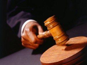 martelojus-300x225-300x225 Justiça sequestra recursos de 26 prefeituras para pagar precatórios