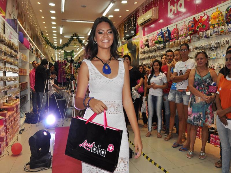 15195976_1789359671337224_2452339251388054690_o-Copy Sucesso total Look Bia + é lançado em Monteiro com grande público
