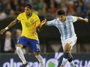 17033836280003622710000-300x225 Jogadores da Seleção começam a se apresentar para jogo contra a Argentina