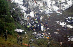 tragedia-chapecoense-300x195 Lista de 81 passageiros inclui 4 que que não embarcaram e estão vivos