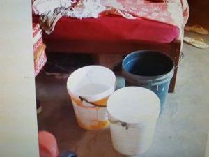 bebe-morre-afogada-300x225 Bebê morre na Paraíba após supostamente cair de cabeça em balde e se afogar