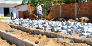 pavimentação-300x150 Prefeitura retoma obras de pavimentação em ruas da cidade de Monteiro