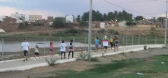 FOTO-2 População monteirense faz caminhada em busca de Saúde