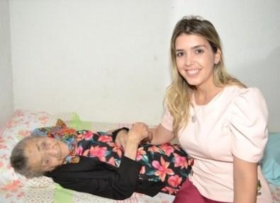 timthumb-5 Prefeita Lorena de Dr. Chico participa de aniversário de Zabé da Loca, em Monteiro
