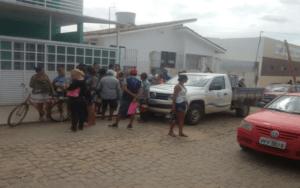 cagepa-monteiro-Copy-300x188 Em Monteiro: Cagepa não libera água para bairros e população se revolta