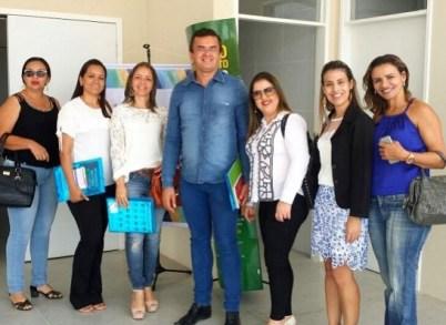 timthumb-11-1 Secretária de Assistência social de Zabelê participa de evento na Capital