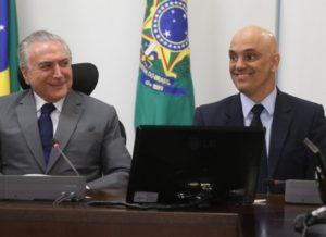 timthumb-22-300x218 Indicado ao STF, Alexandre de Moraes é afastado do Ministério da Justiça