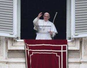 vatican-pope-mass-angelus-alberto-pizzoli-afp-310x245-300x237 Papa pede que se reze pelas crianças ameaçadas pelo aborto