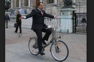 cabral-bicicleta-300x200 Cabral delata juízes, desembargadores e membros do MP. Total: 97!