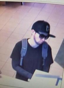 Mulher é presa suspeita de pintar barba e assaltar banco 1